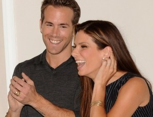 Ryan-Reynolds-and-Sandra-Bullock-Dating-300x229